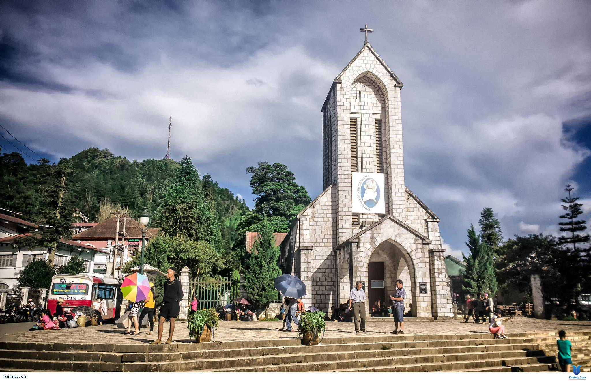 Nhà thờ đá Sapa- nét quyến rũ của phố núi vùng cao