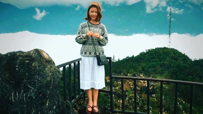 Mùa xuân nên mặc quần áo len mỏng khi du lịch Sapa