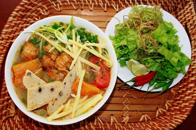 các món ăn đặc sản miền trung