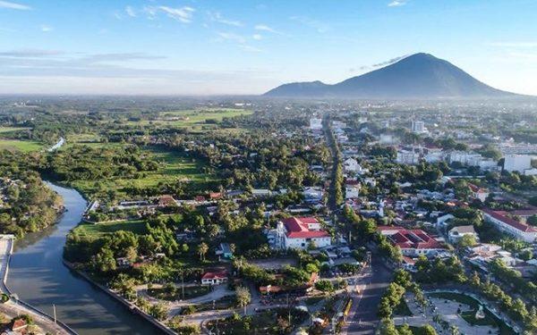 Tây Ninh thuộc miền Đông Nam bộ